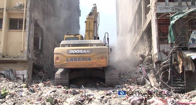 www.channelstv.com Lagos-market-building-demolition.jpg