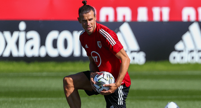 Wales' forward Gareth Bale attends a training session at The Vale Resort near Hensol in South Wales on August 31, 2020 ahead of their UEFA Nations League international football match against Finland. GEOFF CADDICK / AFP