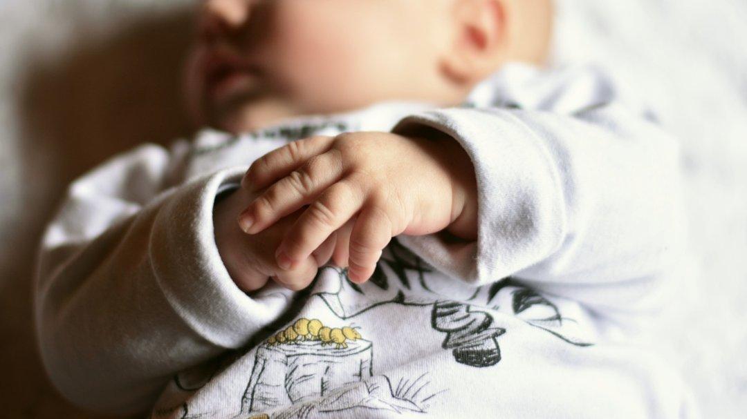 Soutenir le développement de la main de l'enfant
