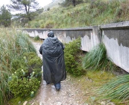 Und immer am Kanal entlang...