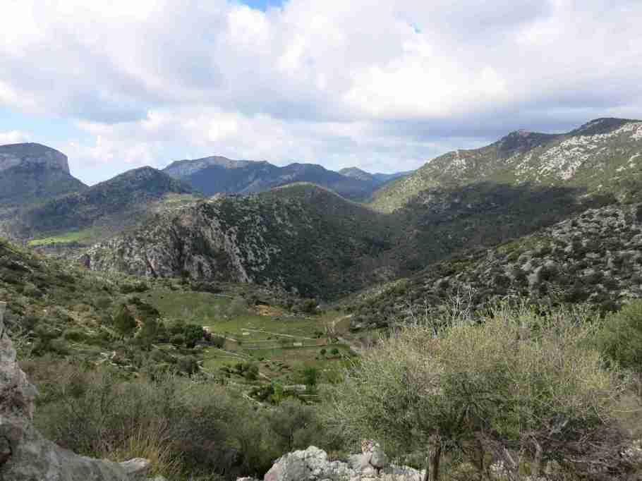Bergwelt am Refugi Tossals Verds (GR221)