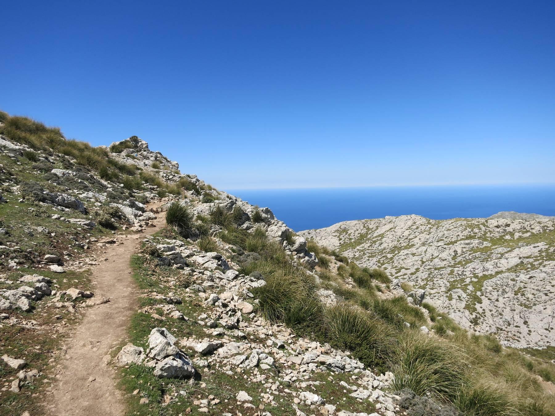 Bergetappe (GR221) mit grandiosem Ausblick aufs Meer auf dem Weg nach Lluc