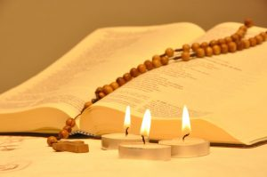 prier les clausules