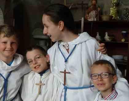 La joie de servir à la messe de la fête du Très Saint Sacrement