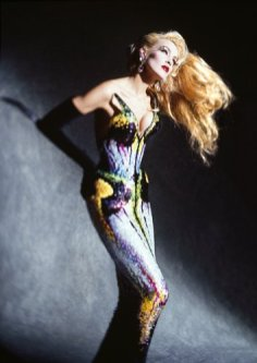 thierry mugler kunsthal rotterdam couturissime jerry hall