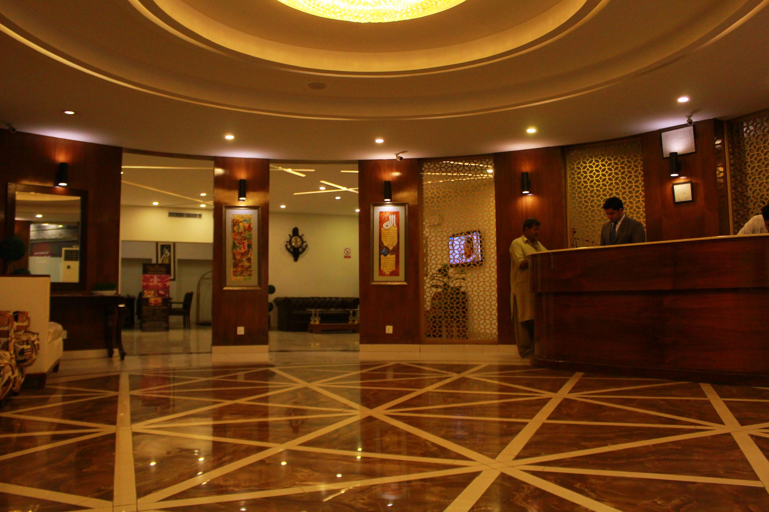 IMG 4417 - Hotel Hilton Suites: Not Worth Ignoring
