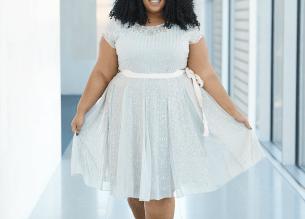 Plus Size Blogger Chardline Wearing Beautiful Plus Size Dress