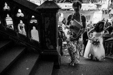 Hochzeitsreportage-Aachen-Hochzeitsfotograf-Aachen-Weisser_Saal-Eskapaden-Houda_Martin0024