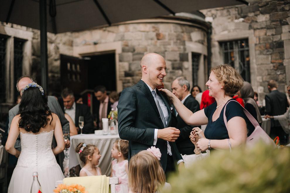Hochzeitsreportage-Aachen-Hochzeitsfotograf-Aachen-Weisser_Saal-Eskapaden-Houda_Martin0064