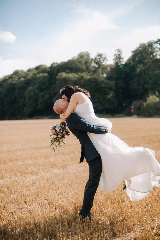 Hochzeitsreportage-Aachen-Hochzeitsfotograf-Aachen-Weisser_Saal-Eskapaden-Houda_Martin0103