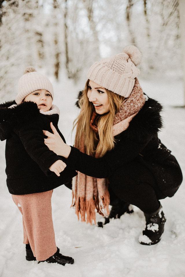 Familienbilder im Schnee Aachen Bonn