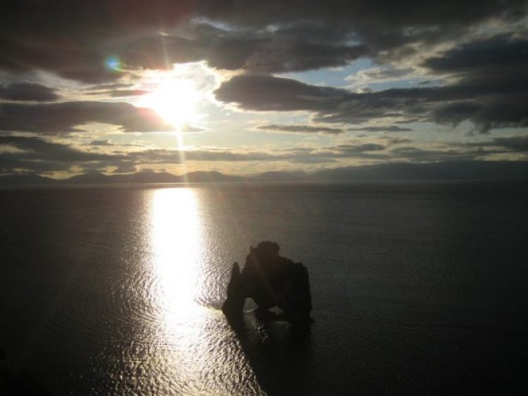 Mysterious Hvitserkur Shaped Rock in the Gulf of Hunafloui 2