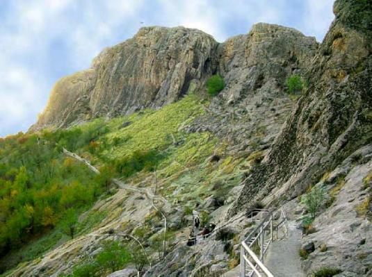 Montagne sacrée de Sulaiman-Too