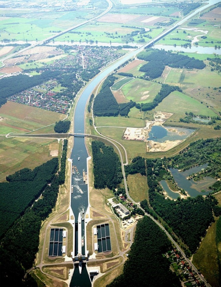 The Incredible Magdeburg Water Bridge in Germany 5