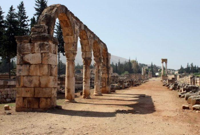 The cardo in Anjar