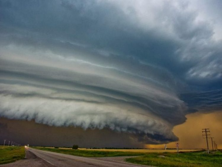 Approximation and supercell tornadoes in Colorado.