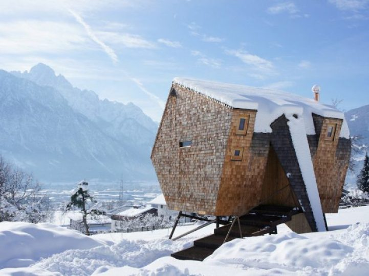 Compact Home Designed for spectacular Views of the Alps16