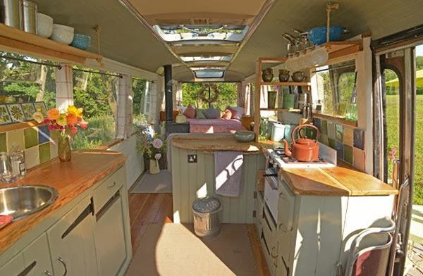 Majestic Bedford Panorama Bus4