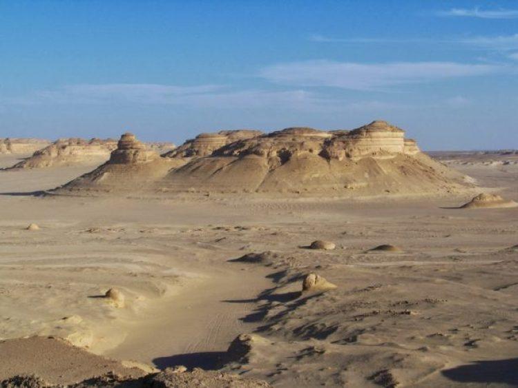 Wadi Al-Hitan (Whale Valley) Egypt22_resize