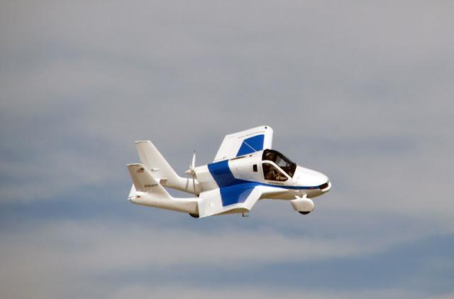 terrafugia-flying-car-public-flight-02