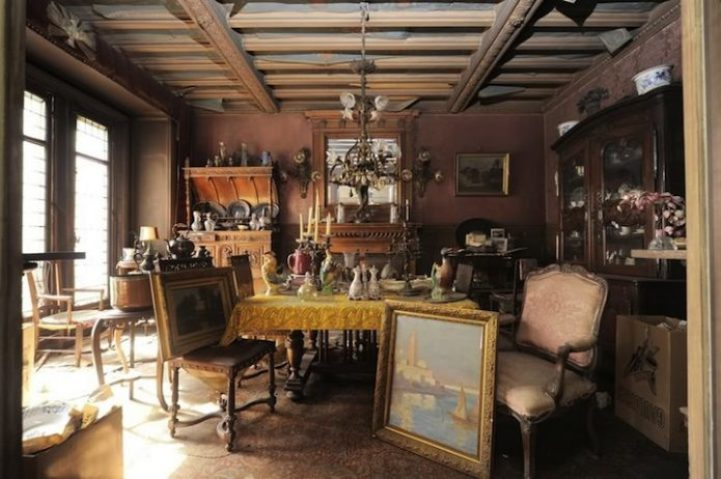 Time Capsule Apartment Untouched for 70 Years 3