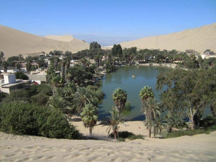 huacachina-village-desert-oasis-in-peru-11