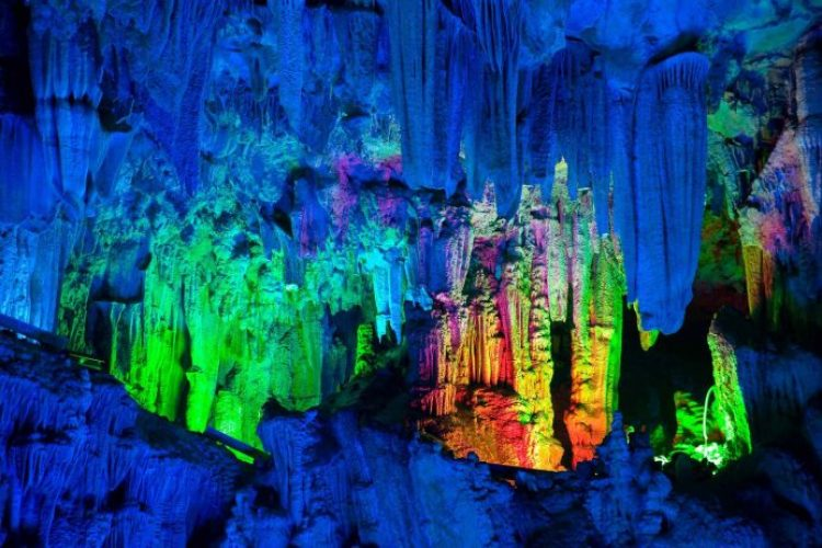 Reed Flute Cave China11