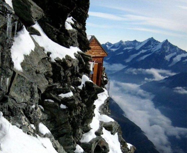 Solvay Hut Switzerland5