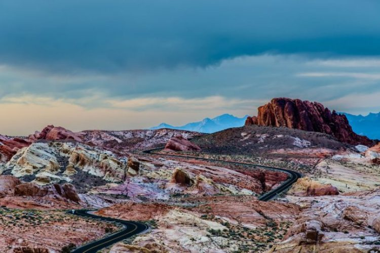 Amazing-Rainbow-Vista-rainbow-of-colored-rocks-at-Valley-of-Fire-during-sunset