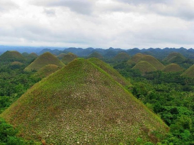 Chocolate Hills of Bohol Philippines3