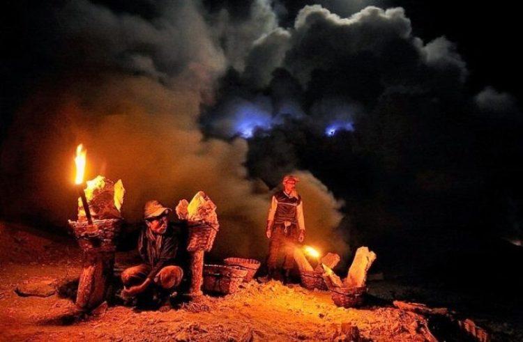 Kawah Ijen, The Volcano That Spews Blue Flames10