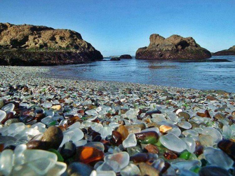 Sparkling Glass Beach of California5