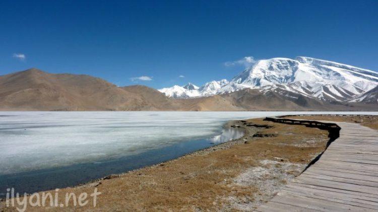 Tarakul Lake in Tajikistan29