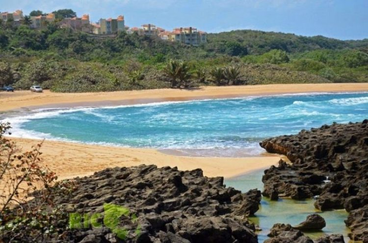 Mar Chiquita, a Secluded Beach in Puerto Rico6