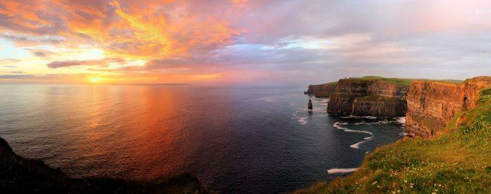 Niagara Falls Wallpaper For Desktop The Cliffs Of Moher Ireland Charismatic Planet