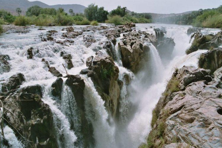 Nam04 181 - Epupa Falls