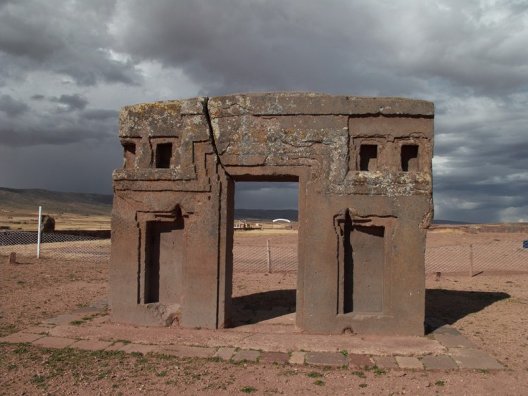 However, few elements of Tiwanaku iconography spread throughout Peru and parts of Bolivia.