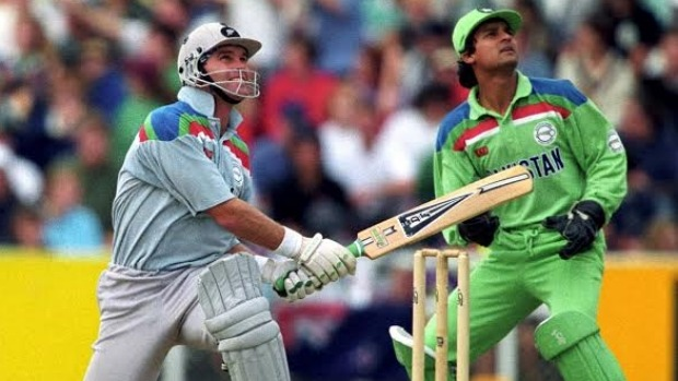 Martin Crowe batting against Pakistan during the 1992 World Cup.