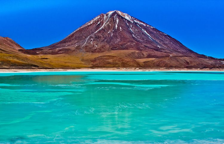 "Laguna Verde is also called ""green lake"" actually a salt lake in an endorheic basin, in the southwestern Altiplano in the Sur Lípez Province of the Potosí Department in Bolivia."