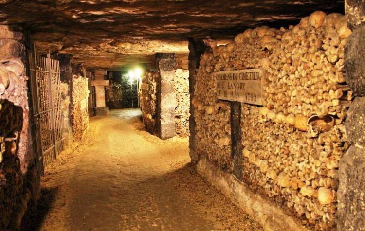 The bones of around six million people lie beneath the streets of Paris in 280km of dank passageways.