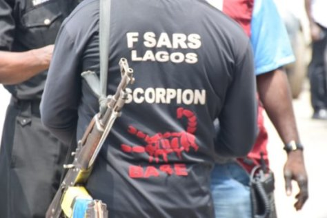 Picture of SARS officer