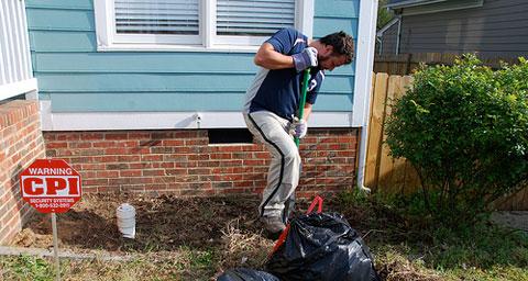 digging-flower-beds.jpg