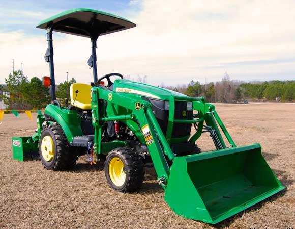 john-deere-1026-subcompact-tractor.jpg