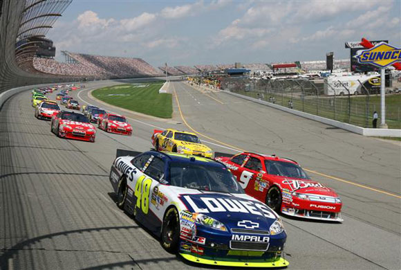 lowes-jimmie-johnson-nascar-auto-racing.jpg