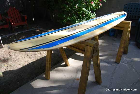 surfboard-sawhorse-bench.jpg