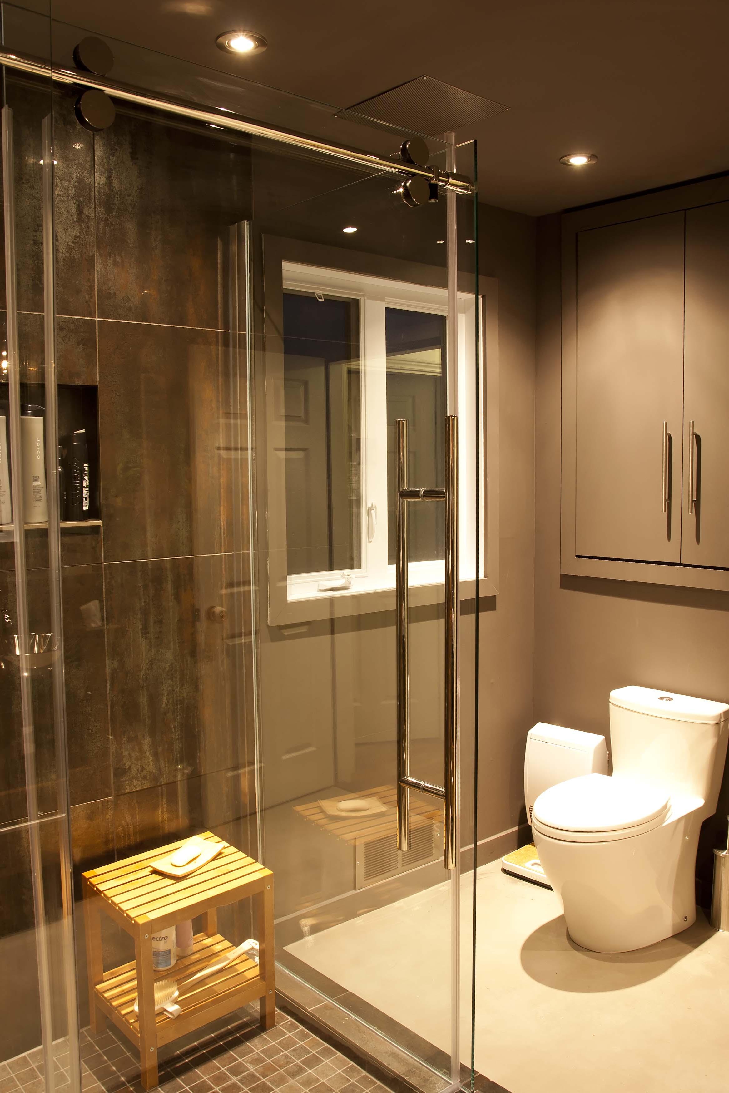 Installation de douche en cramique RiveSud de Montral