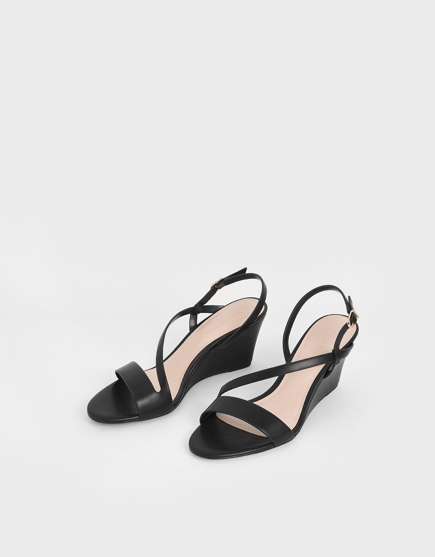 一字帶楔型涼鞋
