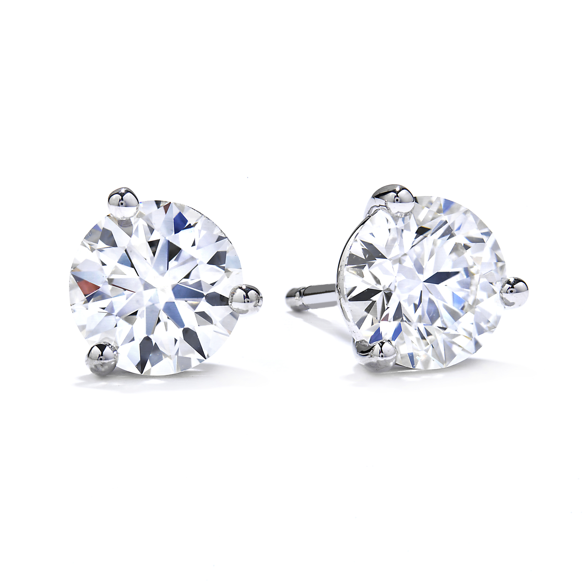 1 60 Carat Total Weight Hearts On Fire Three Prong Diamond