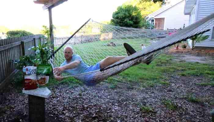 DIY Outdoor Hammock Side Table