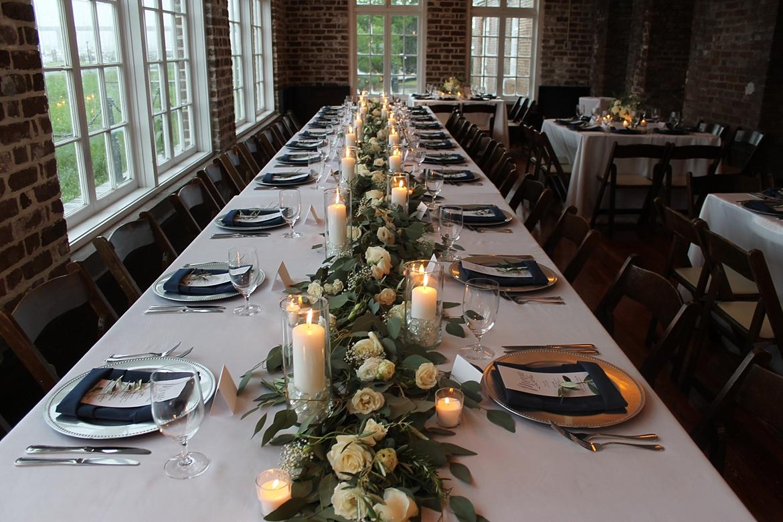Charleston Wedding Guide_0423.jpg